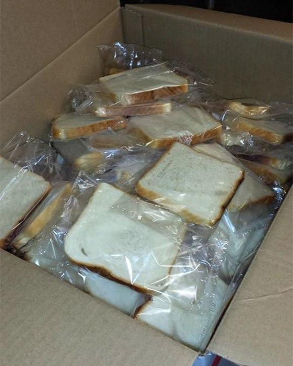 Mie de pain emballé dans du plastique